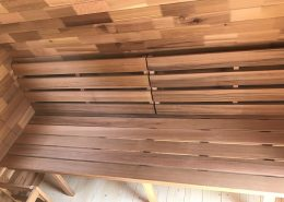Sauna pod bank