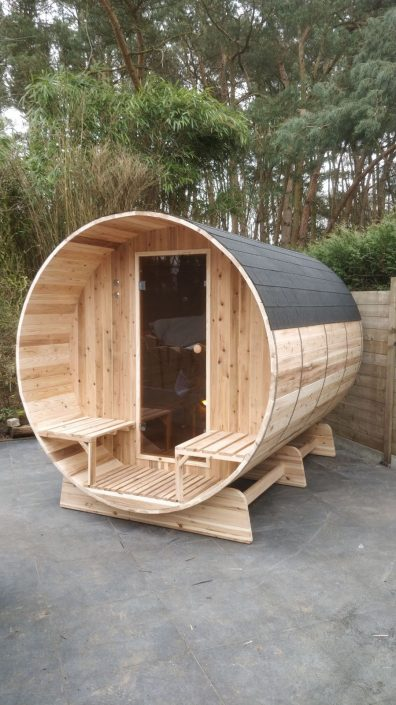 Barrelsauna met dak